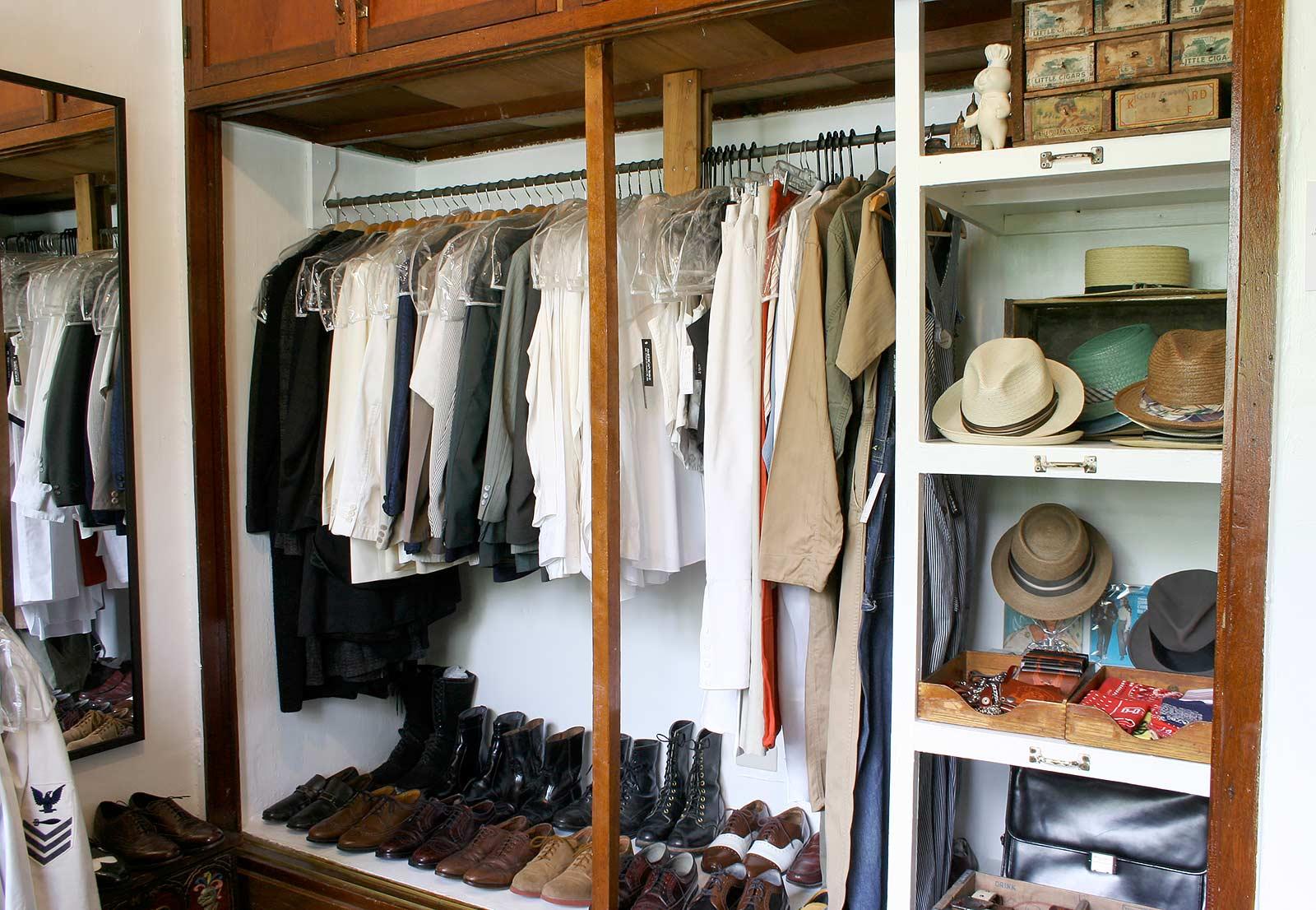 Vintage Men's room