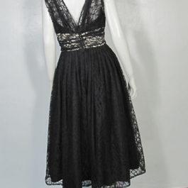 1950年代黒レースドレス