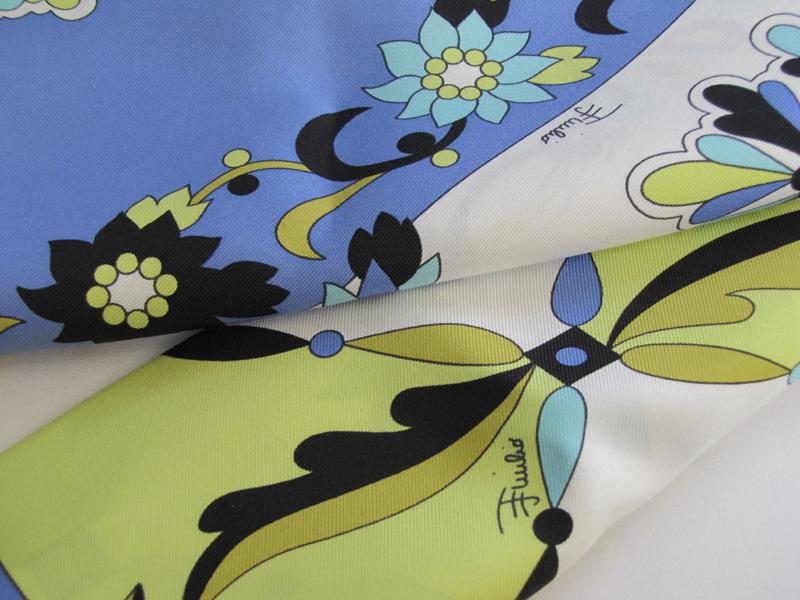 Emilio Pucci エミリオプッチフローラルシルクスカーフ花柄