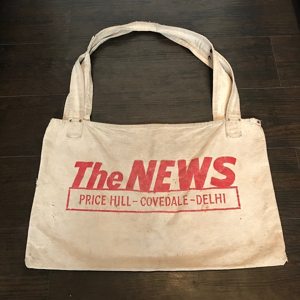 """1950's 1960's """"The News, Price Hill Press"""" Newspaper Carrier Bag"""