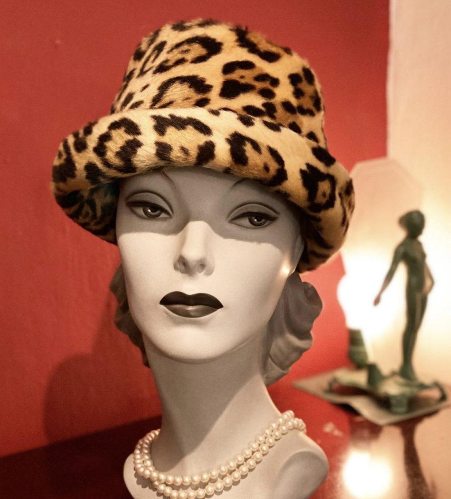 ★Vintage 1960's leopard print hat★