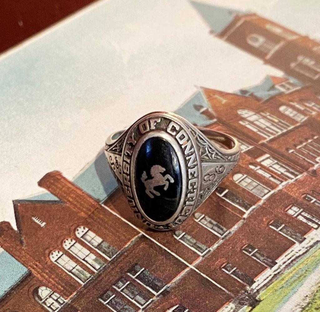 ♡Vintage college ring♡